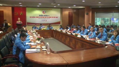 Diễn đàn 04 - Bồi dưỡng, chăm lo và phát huy tài năng trẻ Việt Nam