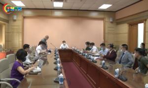 Hội Thầy Thuốc Trẻ Việt Nam và Công ty CPDP Ampharco USA trao tặng kit xét nghiệm