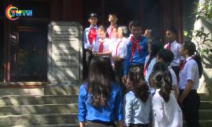 Đoàn đại biểu dự Đại hội Cháu ngoan Bác Hồ toàn quốc lần thứ IX thăm khu di tích Đền Hùng
