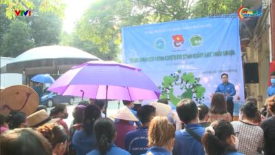 Tuổi trẻ chung tay giảm rác thải nhựa ở các chợ dân sinh