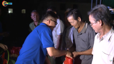 Chương trình giao lưu văn nghệ và trao tặng quà tại xã nghèo vùng biên giới