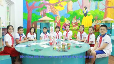 Hiệp sĩ môi trường nhí từ Trường Tiểu học Đoàn Thị Điểm - Nói không với rác thải nhựa
