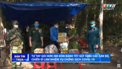 Tây Ninh - Tự tay gói hơn 280 đòn bánh tét gửi tặng cán bộ, chiến sĩ làm nhiệm vụ chống dịch